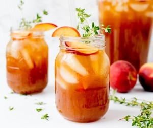 Peach and Thyme Iced Tea