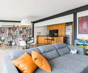 Penthouse with a Difference: Breezy Contemporary Apartment in Flamengo