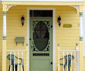 Perfect Welcome: DIY Makeover Ideas for Your Front Door