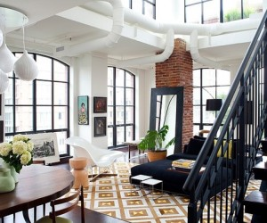 Perfectly decorated penthouse condo