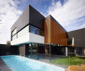 Period Cottage in Geelong Gets a Classy Contemporary Addition