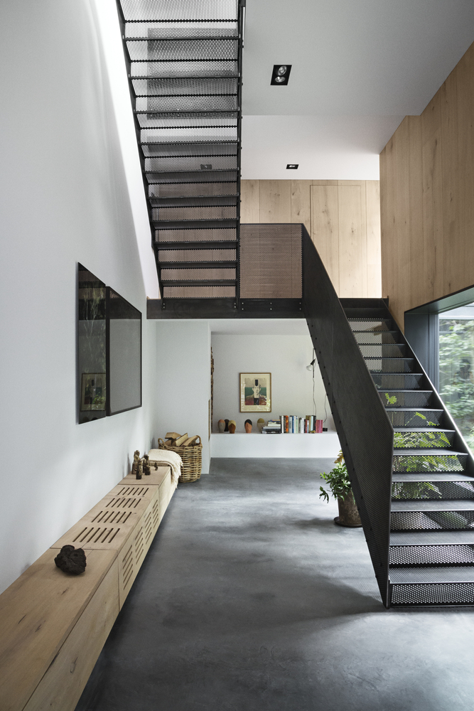 Peters house by studio david thulstrup for Escaleras metalicas homecenter