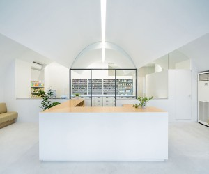 Pharmacy in Omori by MAMM Design