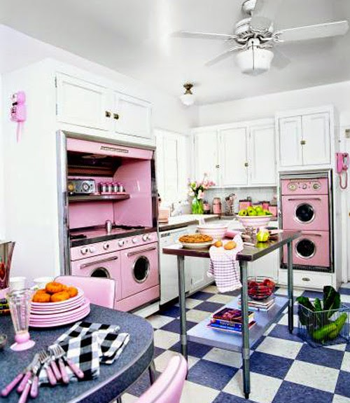 50s Kitchen Art: Pink Retro Kitchen