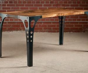 PK10 Dining Table by Pekota Design