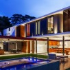 Planalto House By Flavio Castro