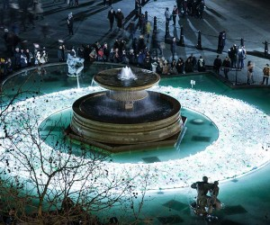 Plastic Island: 13,000 recycled plastic bottles in Trafalgar Square by Luzinterruptus