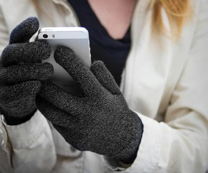 Power Poke: The Top 9 Touchscreen Gloves