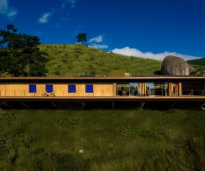 Prefab Off-Grid House Located at an Altitude of 1,500 Meters