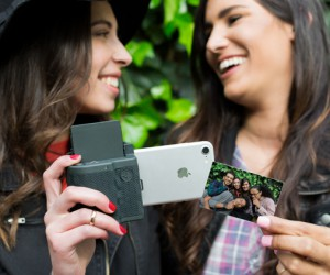 Print Pocket Turns Your Phone Into a Polaroid Camera