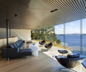 Private house with spectacular views of the Pacific shoreline