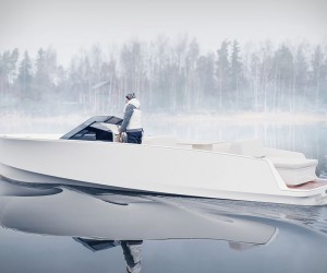 Q30 Electric Boat