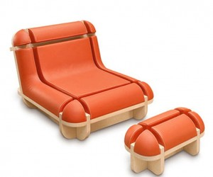 Quand Jim se Relaxe : Chair Footstool Set