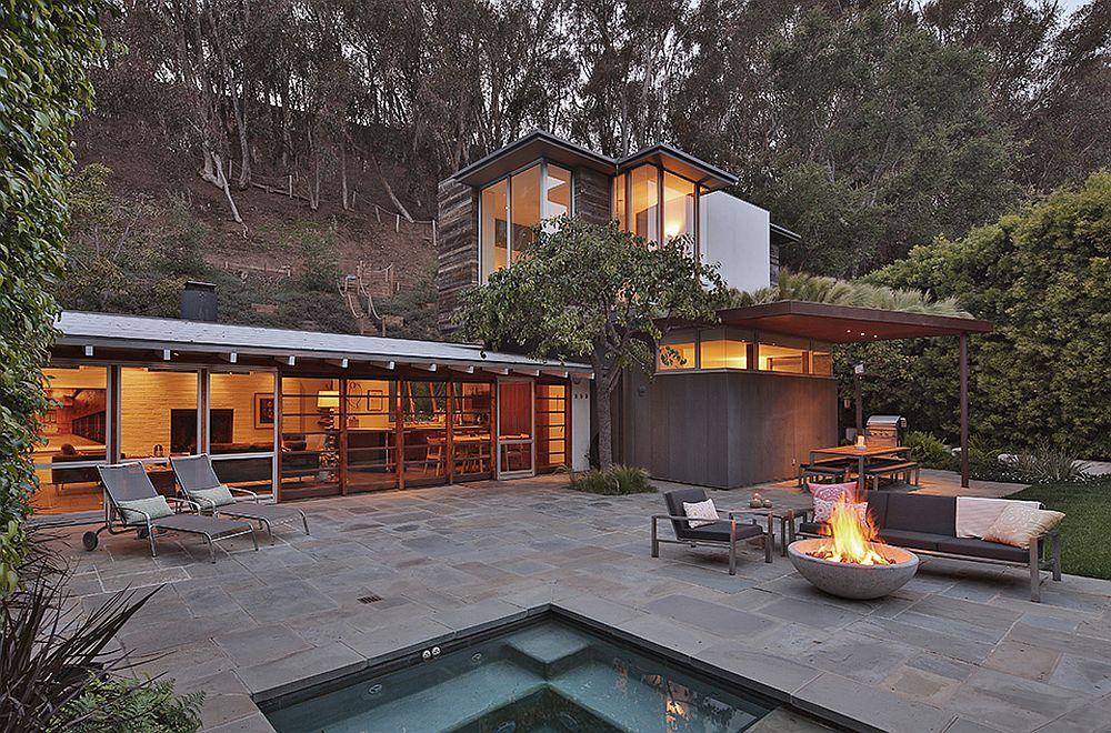 Ranch Style Santa Monica Home Draped In Pleasant Rustic