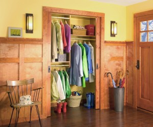 Reach-In Entryway Closet