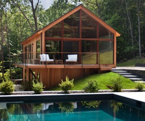 Charming Hudson Woods Nature Retreat