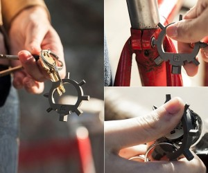Reductivist Ringtool Compact Multi-Tool Keychain for Bike Riders