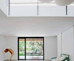 Refurbished Spanish Home Focuses on Unabated Views and Energy Efficiency
