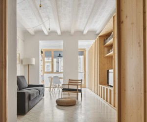 Remodeling of an Old Apartment in one of the Best Areas of Barcelona, Spain