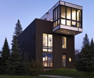 Renovation Modernizes Victorian Home