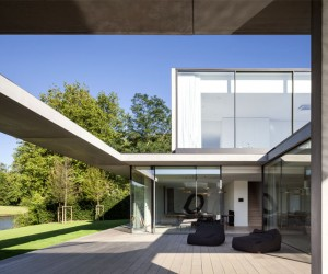 Residence VDB by Govaert  Vanhoutte Architects