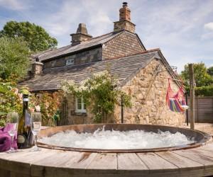 Romantic Cottage Amid the Cornish Moors