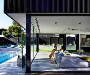 Ross House in Melbourne Featuring a Bold and Sculptural Form