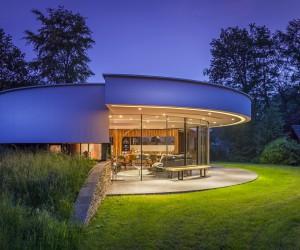 Round house design: A dog friendly home by 123DV