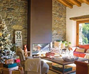 Rustic holiday decor in Spain