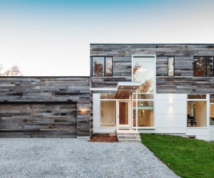 Rustic Minimalism for Canadian 'Treehouse'