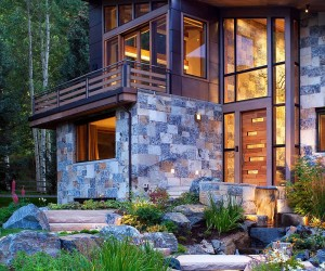 Rustic Modernity: Enthralling Vail Mountain Home Leaves Your Awestruck