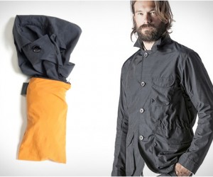 Saddle Packable Jacket, by Pedaled
