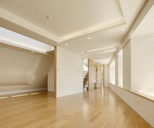 Sakeraku Kazuhana Kiyono by Nakama Kunihiko Architects
