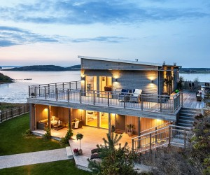 Scandinavian house with a splendid view of the sea
