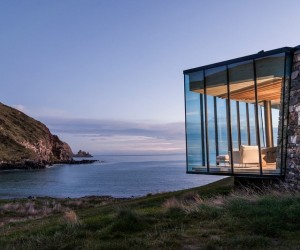 Seascape House  A Romantic Beachside Cottage