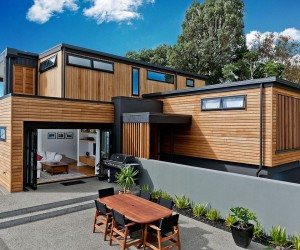 Sensible Makeover: Cliff-Top Home in Auckland with Amazing Sea Views
