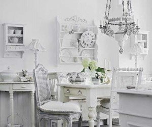 Shabby Chic in pure white