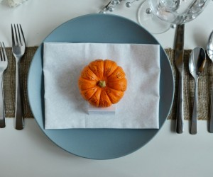 Simple Pumpkin Decorating for Fall