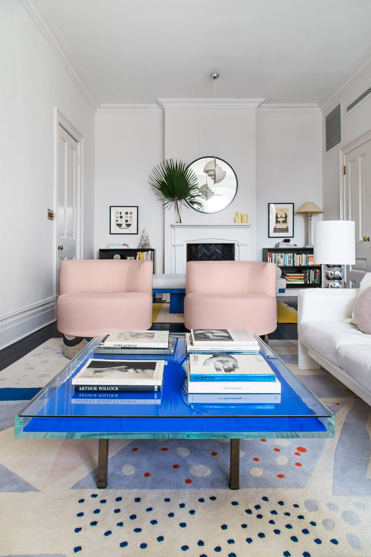Simple ways to make a small living room look bigger