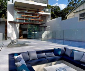 Simplistic Modern House with Grandiose Backyard in Sydney