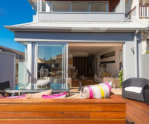 Single Level 60s Sydney Home Gets a Beachy Modern Upgrade