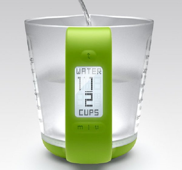 Electronic Measuring Cup : Smart measure digital measuring cup