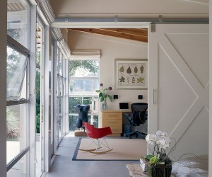 Space-Savers at Work: 20 Home Offices with Sliding Barn Doors
