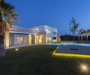 Spectacular Villa Designed by MGXM Architects Located in Messinia, Greece