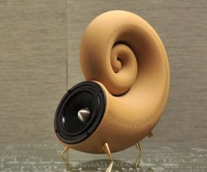 Spirulida | 3D-Printed, 100% Natural Wood Speaker