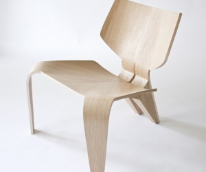 Split Chair by Bahar Ghaemi