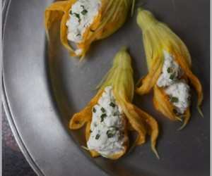 Springtime Food and Drink Recipes That Actually Involve Edible Flowers