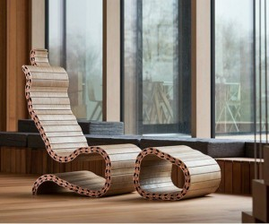 Spyndi: A Spine Inspired Chair