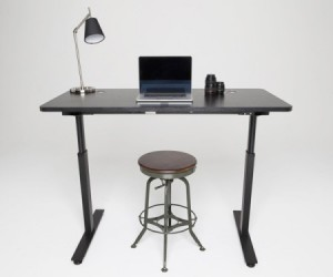 StandDesk: Automatic Height-Adjusting Desk
