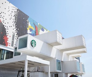 Starbucks Opens Store In Taiwan Built With Containers